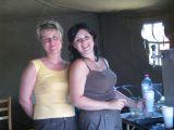 Ivana a Lenka = občerstvení soutěžících a hostů vždy s úsměvem