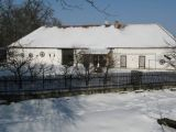 selské baroko v Čakovci č.p. 8 a 18 jižním pohledem přes zahrady