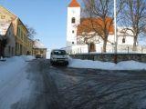 kostel sv. Linharta v Čakově, vlevo č.p.17,18,19 a 20  - jižní pohled